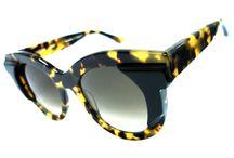 Estilo, Conceito e muito mais mesmo... / Bless Optical, um lugar agradável pra você escolher seus óculos.