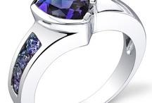 Jewellery I love / by Heidi Reddig