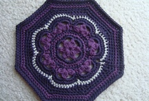 Crochet - Granny Squares & Motifs / by Julie Keesee