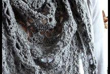 Knitting/crochetting / by Lauren Jennings