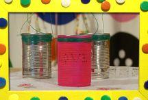 Sfeerlichten knutselen / De zussen maken op twee totaal verschillende manieren prachtige sfeerlichten. www.youtube.com/knutseltv