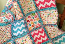 Great for Charity Quilts! / Here we're pinning quilts that are quick and simple, yet still awesome! So that we can make some wonderful quilts for others in need. Featuring Rag quilt tutorials, QAYG (quilt as you go) and other fast finishing ideas!