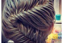 hair style / by Mélanie Levasseur