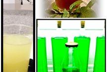Cocktails y licores / El Forner de Allella prepara unos ricos cocktailes y licores casero, si quieres puedes hacerlos tu, clicka en este enlace http://www.youtube.com/watch?v=tj3y7udWpOI&feature=share&list=PLJvertvohrU1EsM2imWBjBv3X9FBDeo3t