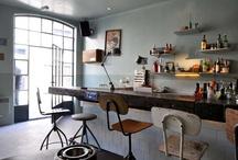 restaurants/bars