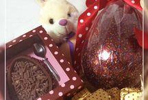 Experimente Doces / Deliciosos ovos de páscoa, bombons, bolos...Visite-nos! www.experimentedoces.com.br www.facebook.com/experimentedoces
