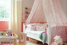 rah rah room ideas / Room ideas  / by Alexandra Galeano
