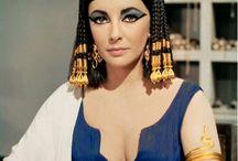 deusas egípcias e Cleópatra