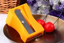 Kitchen Gadgets / We all love kitchen gadgets that reduce our workload and makes it easy to prepare our favorite dishes. We are dedicated to bring you the best kitchen gadgets and gizmos from around the web. Don't miss out on these kitchen gadgets that are both useful and convenient.