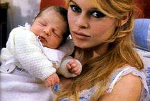 ББ и её сын Николя
