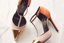 shoes hall / Para encontrar sua cara metade em forma de sapatos!