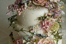 cakes / by Sammy Samuels
