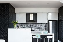 Stylish kitchen splash backs / Not just a practical finish, a good splashback makes a style statement and can pull your whole kitchen scheme together