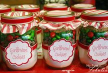 Gifts- edible / by Shanna Hale
