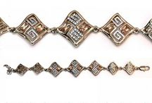 Womens bracelets and bangles / Buy discount bracelets and bangles in Pakistan at Oshi.pk. Book Online comport bracelets and bangles in Karachi, Lahore, Islamabad, Peshawar and All across Pakistan.
