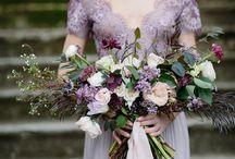 wedding flowers burgundy gold / Wedding