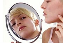 Clearogen / Clearogen is een innovatieve acne-behandeling. Het werkt tegen bestaande acne, stopt de verdere verspreiding en voorkomt nieuwe uitbraken.