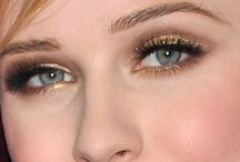Make-up / by Alicia Samson