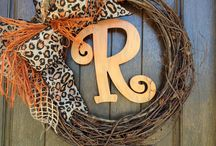 Decorations for the home / home decor
