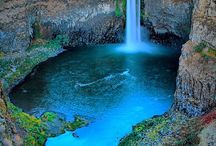 Waterfalls / by Umberto Cortesia