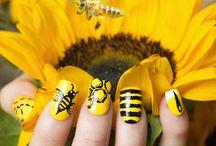 Mellow Yellow / by Sally Hansen