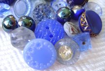 Buttons / Lovely buttons for sewing, crafting and just collecting.