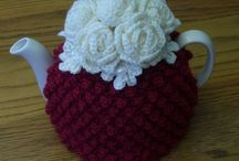 37C: cozies : mug, apple, teapot, teacover