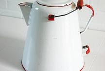 Винтажная кухонная утварь - чайники, кофейники и другие очаровашки