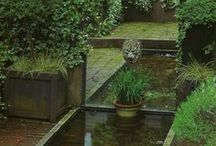 Oriental Landscape / Inspiration for those seeking simplicity and relaxation in a zen backyard setting. Low upkeep and high impact, sand, stone and water are the sought-after elements of an oriental garden.