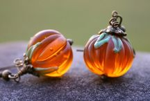 Indie Halloween / Handmade and DIY decorations, costumes, jewellery etc.