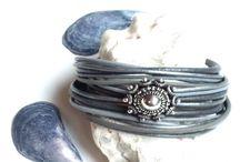 ✽ Wrap bracelets