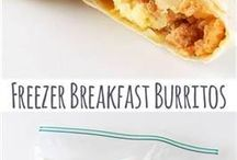Breakfast on the Go / These days nobody seems to have time for breakfast anymore. We are always rushing ourselves and children out the door. This board is full of ideas for make ahead breakfast ideas that you can grab on your way out the door!