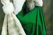 GREEN...........