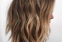 Włosy  (farba, uczesania )