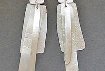 Σκουλαρίκια μεταλο