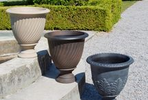 Urns / Browse through our colorful collection of urn planters & garden urns that will instantly kick life into your home's outdoor appearance.