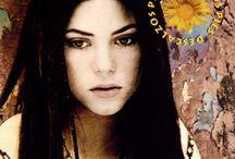 Shakira Album