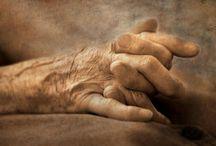 Mommas Hands
