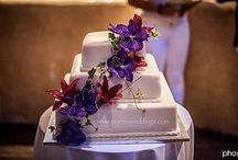 'Poema' Santorini Wedding Cakes by Petran Art I Real Weddings / Enjoy beautiful wedding cakes from our Pastry Chef Petran Art made for real wedding events in Santorini !