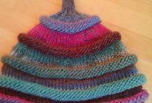 Вязаные шапки, шарфы, митенки