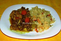 Jamaican Curry Chicken / Curry chicken is one of the all time dishes of Jamaica. It is easy to prepare and when done correctly is really tasty and aromatic. Curry chicken has a long history here on the island and can be found all over the world. We have put together the best Jamaican curry recipe just for you.