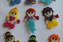 bamboline piccole di feltro
