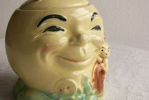 Vintage Cookie Jars and Tin Boxes