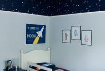 Amos room