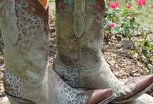 RiverTrail Boots / by Amy Pugmire