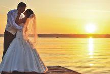 Esküvői klipek / Íme egy kis ízelítő munkáinkból. További videók a www.eskuvoifilmunk.hu oldalon
