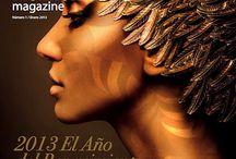 """Emozzioni Magazine Nº1 / La revista que te permite ver la vida cotidiana a través de los ojos de diseño y arte, a entender los objetos que nos rodean desde una perspectiva creativa y cultural. Os invitamos a disfrutarlo a través de la ventana que abrimos con esta nueva revista, """"E"""", que contiene la transgresión, lo chic, la excelencia y la belleza del mundo Emozzioni."""