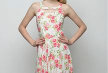 Western Dresses For Women / Explore a wide range of western dresses, designer dresses, gowns for girls, one piece dresses at Tryfa.com