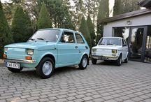 Fiat 126p i 126 / Niejednokrotnie wspominaliśmy, że w Shine Car Detailing zajmiemy się każdym pojazdem, bez względu na wiek. Dlatego też z przyjemnością podjęliśmy się pracy nad 'maluchami', które wymagały odświeżenia wnętrza oraz karoserii. Widok takiego pojazdu coraz częściej należy do rzadkości, stąd też warto zadbać, by prezentował się on jak najlepiej. Zadzwoń 881-771-999