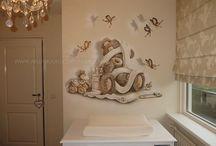 Baby kamer / Muurschilderingen voor de babykamer.